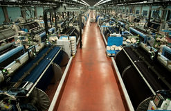 Industria tessile (denim) - tessendo Fotografia Stock