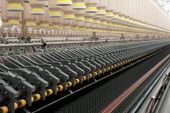 Industria tessile - filando fotografia stock