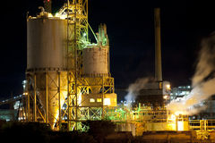 Industrial Architecture at Night Royalty Free Stock Photos