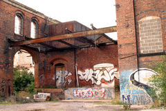 Industrial Gangland. A Victorian Mill, now lying in ruins at Sneinton on the edge of Nottingham town centre Stock Image