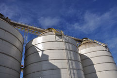 Industrial Machinery. Holding silos and equipment of a grain and agriculture facility in Raleigh, North Carolina Stock Photo