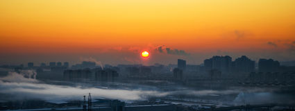 Industrial smog in the city at dawn and fog. Wide View Stock Photography