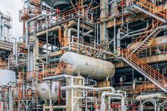 Free Industrial Zone,The Equipment Of Oil Refining,Close-up Of Industrial Pipelines Of An Oil-refinery Plant,Detail Of Oil Pipeline Wit Royalty Free Stock Photography - 172920067
