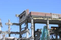 Industriale smantelli, la distruzione meccanica Fotografie Stock Libere da Diritti