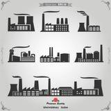 Industribyggnader, kärnkraftverk och fabriker Royaltyfri Foto