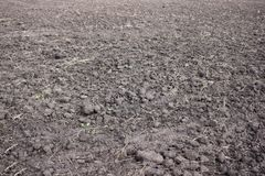 Industrie agricole arable Paysage de terres cultivables, récemment labouré et préparé pour la récolte, agriculture photos stock