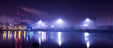 Industrie bij nacht Royalty-vrije Stock Afbeelding