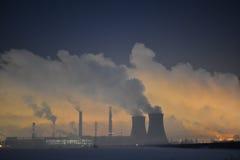 Industrie de raffinerie de pétrole Images libres de droits