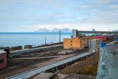 Industrie lourde dans Barentsburg, règlement russe dans le Svalbard Photo libre de droits