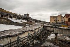 Industrie lourde dans Barentsburg, règlement russe dans le Svalbard Images stock