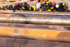 Industrie lourde de rouille de tuyaux d'acier Images libres de droits