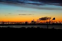 Industrie op de horizon Stock Fotografie