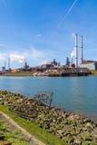 Industrie sidérurgique dans IJmuiden près d'Amsterdam, Pays-Bas Photo stock