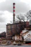 Industrieabfallspeicherauszug draußen Stockbild