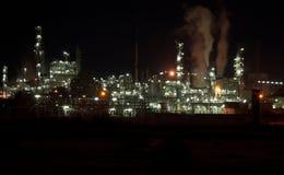 Industrieanlage nachts Stockfotografie
