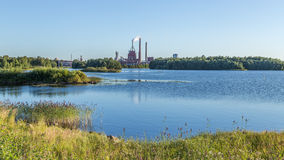 Industrieanlage in Oulu Finnland Stockfotos