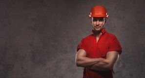 Industriearbeiter tragendes hemlet Stockbilder