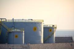 Industriebehälter Stockfotos