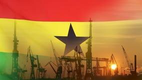 Industrieel concept met de vlag van Ghana bij zonsondergang stock footage