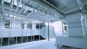 Industrieel fabrieks modern materiaal Pijpleidingen, het systeem van de luchtventilatie stock video