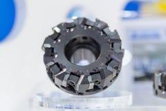 Industrieel malenhulpmiddel om metaal te snijden met het tussenvoegsel van de carbidesnijder Stock Fotografie