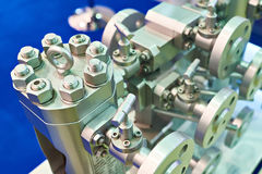 Industrieel mechanisch systeem met kleppen Stock Afbeelding