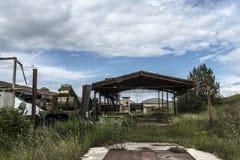 Industrieel pakhuis, leeg depot stock afbeeldingen