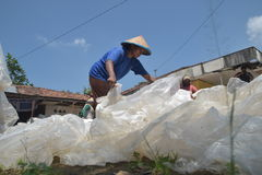 INDUSTRIEEL PLASTIC AFVAL RECYCLING Stock Foto's