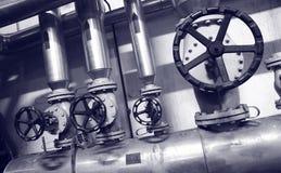 Industriegas- und -schmierölanlagen Stockfoto