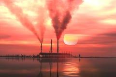 Industrielandschaft durch den See Lizenzfreie Stockfotografie