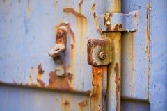 Industriell dörr i närbild Arkivfoton