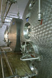 industriell flytande pipes lagringsbehållare Arkivfoton