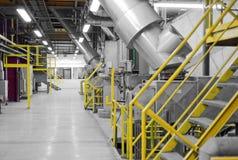 Industriell inre av en generisk kraftverk Arkivfoton
