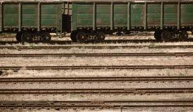 Industriell järnväg och infrastruktur, lasttrans., leveransen och sändningsbegreppet, bryner tonat Arkivbild