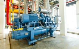 industriell kompressorkylningstation på den fabriks- fabriken Arkivbild