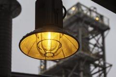 Industriell lampcloseup för gata Royaltyfria Bilder
