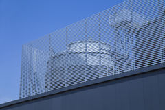 Industriell luftkonditioneringsapparat på taket, chiller Arkivfoton