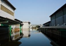 industriell nakorn nava thailand för fabriksflod Arkivbild