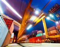 Industriell port med behållare i porslinet Arkivfoto