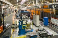 industriell produktion Shoppa för tillverkning av metallprofiler royaltyfri foto