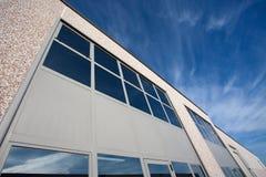 industriell utvändig sikt för korridor arkivfoto
