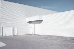industriell white för arkitektur Arkivfoton