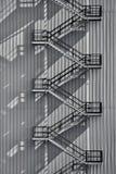 Industriell yttre trappuppgång arkivfoton