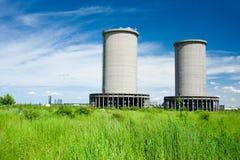 industriella övergivna byggnader Arkivfoton