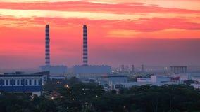 industriella byggnadschimeys Royaltyfri Fotografi