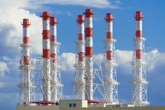 Industriella lampglas på en bakgrund av blå himmel Royaltyfri Fotografi