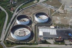 industriella oljebehållare för område Royaltyfri Fotografi