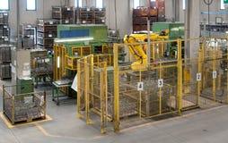 Industriella robotar - automationlinjer Fotografering för Bildbyråer