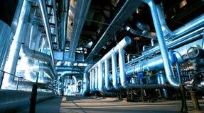 Industriella stålrörledningar i blåa signaler Fotografering för Bildbyråer