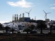 Industriella vindturbiner royaltyfri foto